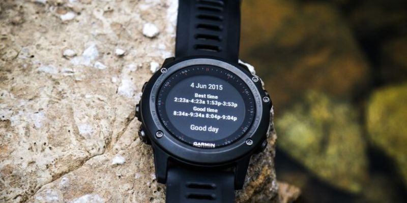 Garmin Fenix Watch with hunt and fish app
